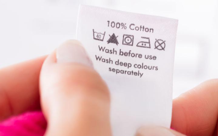 T-shirt personalizzata: istruzioni lavaggio